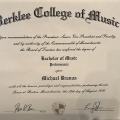 Απόφοιτος Berklee, College of Music - Ιδιαίτερα Μαθήματα Μουσικής και Κιθάρας